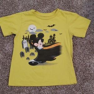 1 Disney shirt